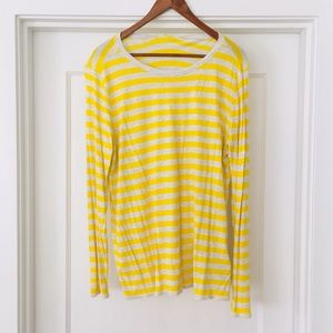 GAP long sleeve tee